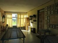 Il salone all'ingresso, comodo e ampio
